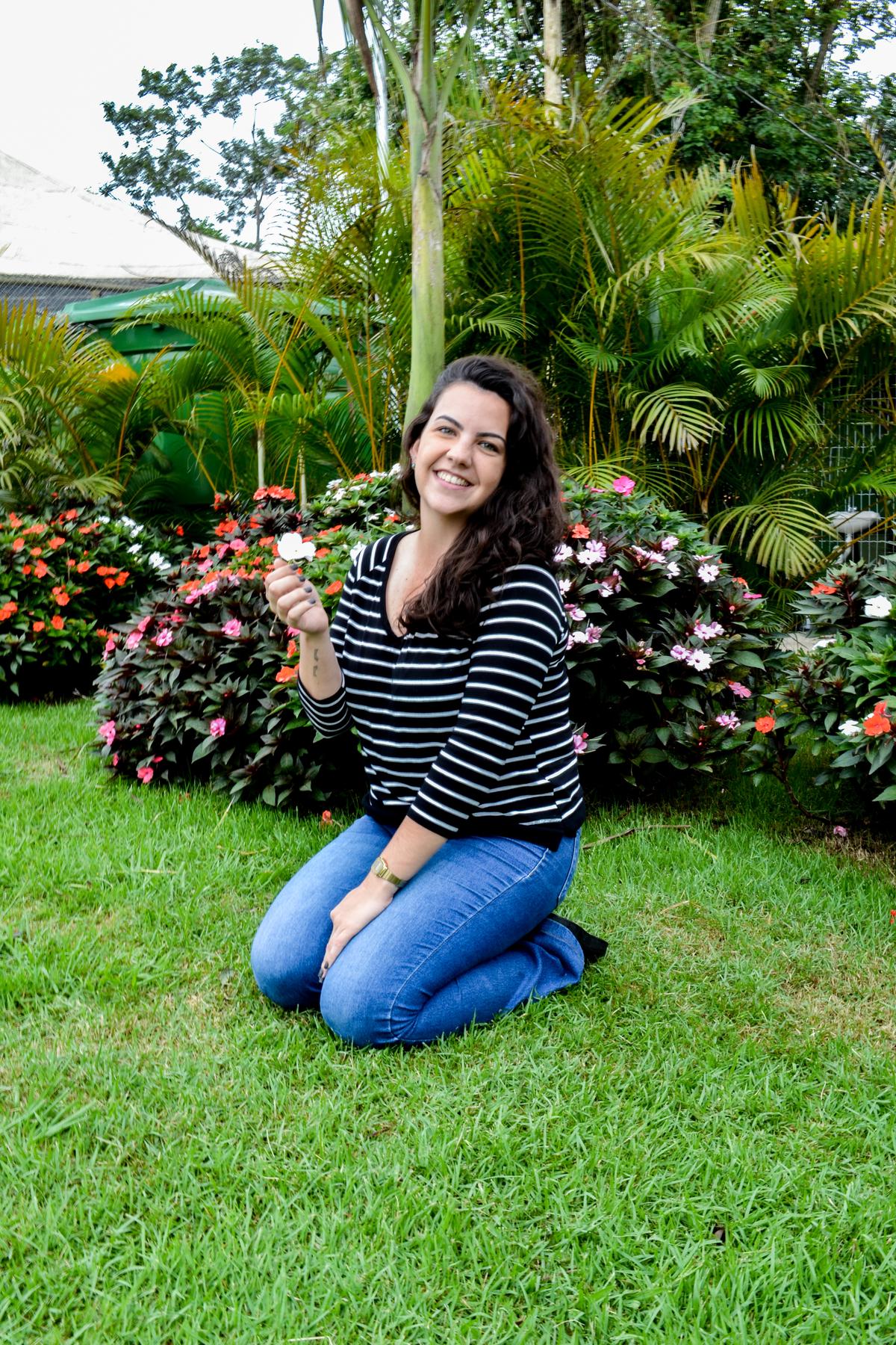 7ª Flávia A curva mais linda de uma mulher é o sorriso.