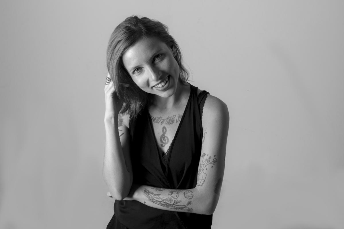 Ensaio feminino em estúdio, cidade de são paulo, foto preto e branco