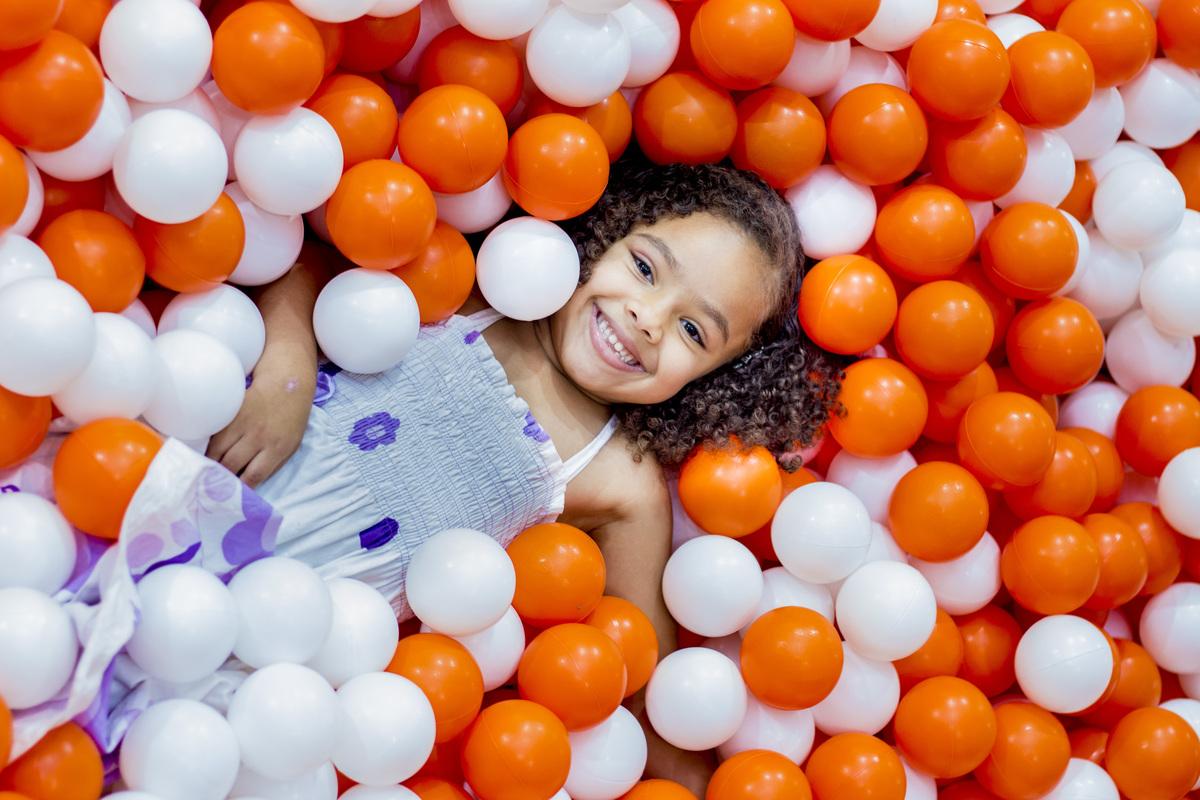 Imagem capa - Por que fotografar crianças? por Esther Bruna dos Santos
