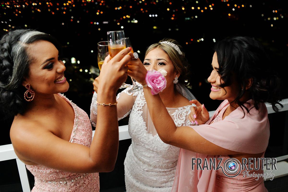 Brinde com madrinhas