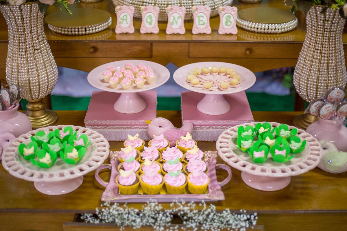 festa de 1 ano, doces personalizados, decoração jardim, festa Curitiba, festa infantil Curitiba, festa para menina