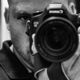 Acerca de Fotógrafo de bodas, retrato, comuniones, familiar, fotografía documental, fotografía aérea.