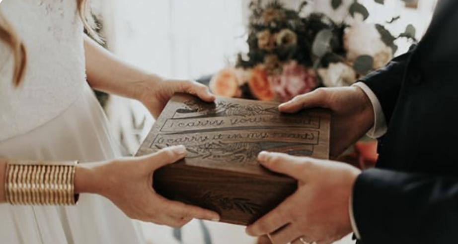 Imagem capa - Rituales para la ceremonia de tu boda elopement por Fernanda Santin Medeiros