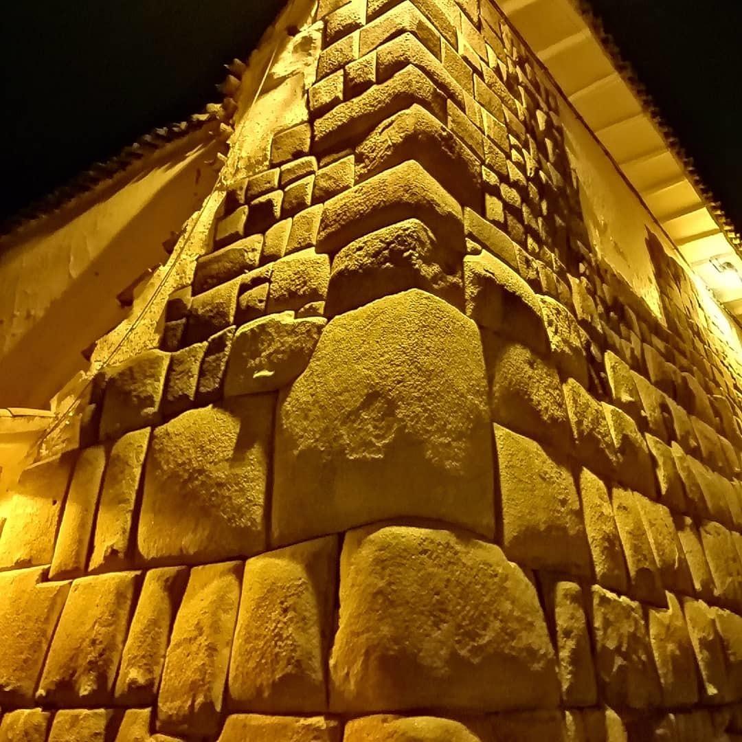 Imagem capa - Fotoreportaje en las Ciudad del Cusco - Perú  por Edgar Atoche Fotógrafo - Perú