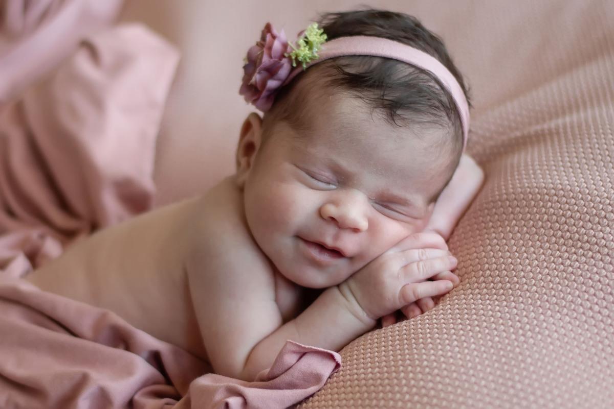 Imagem capa - Newborn: 5 motivos para você realizar um com o seu bebê por Lis Godoy