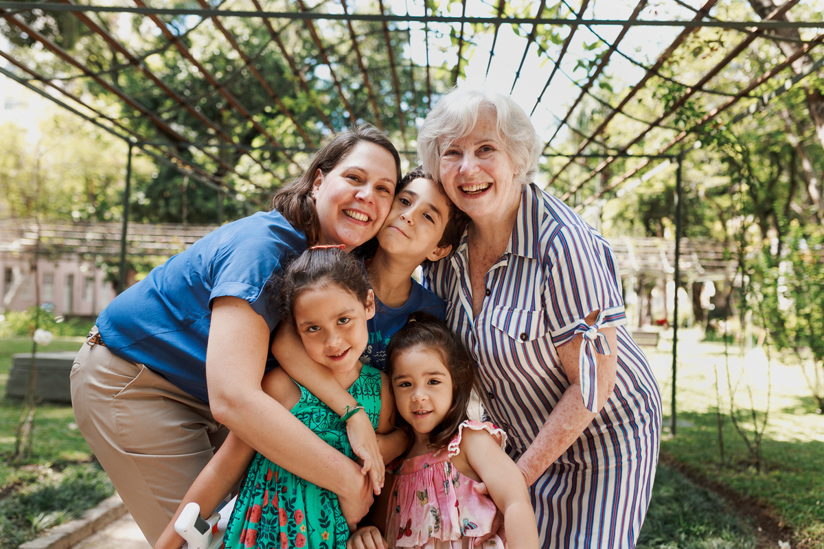 Imagem capa - Dia dos Avós - Nossas doces memórias da infância por Beta Bernardo