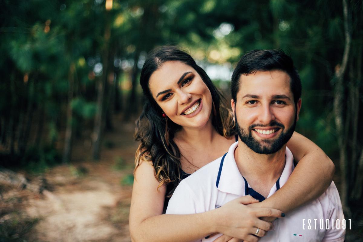 Imagem capa - Pré-casamento  |  Saiba como não errar na hora de escolher o look  | Thainá e Guilherme, Camaquã RS por Rafael Bede Meirelles