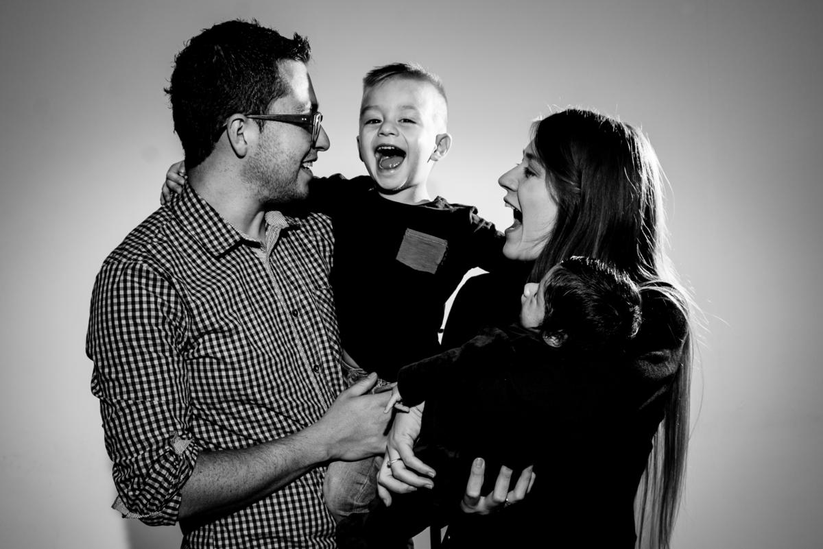 Imagem capa - Trabajar en casa con dos hijos por Gisela Giraldo Fotografía