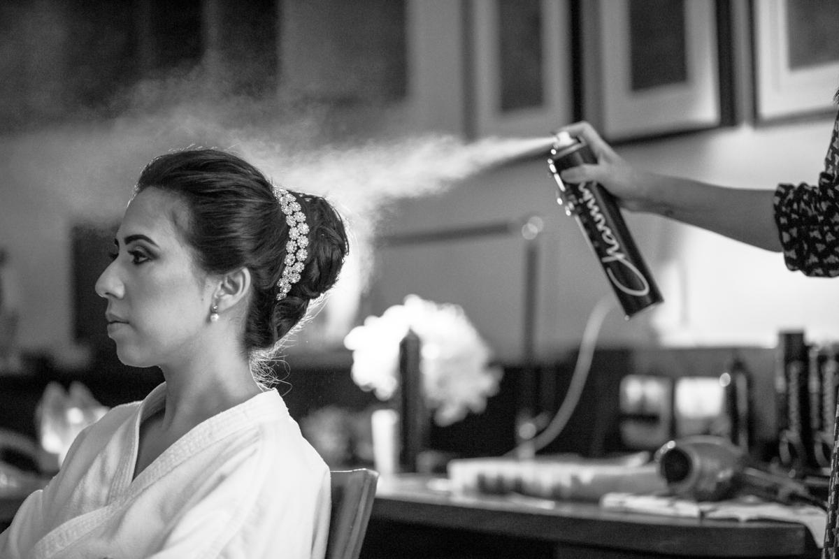 Imagem capa - Penteados para noivas - veja o que está em alta para a próxima temporada  por André Furtado