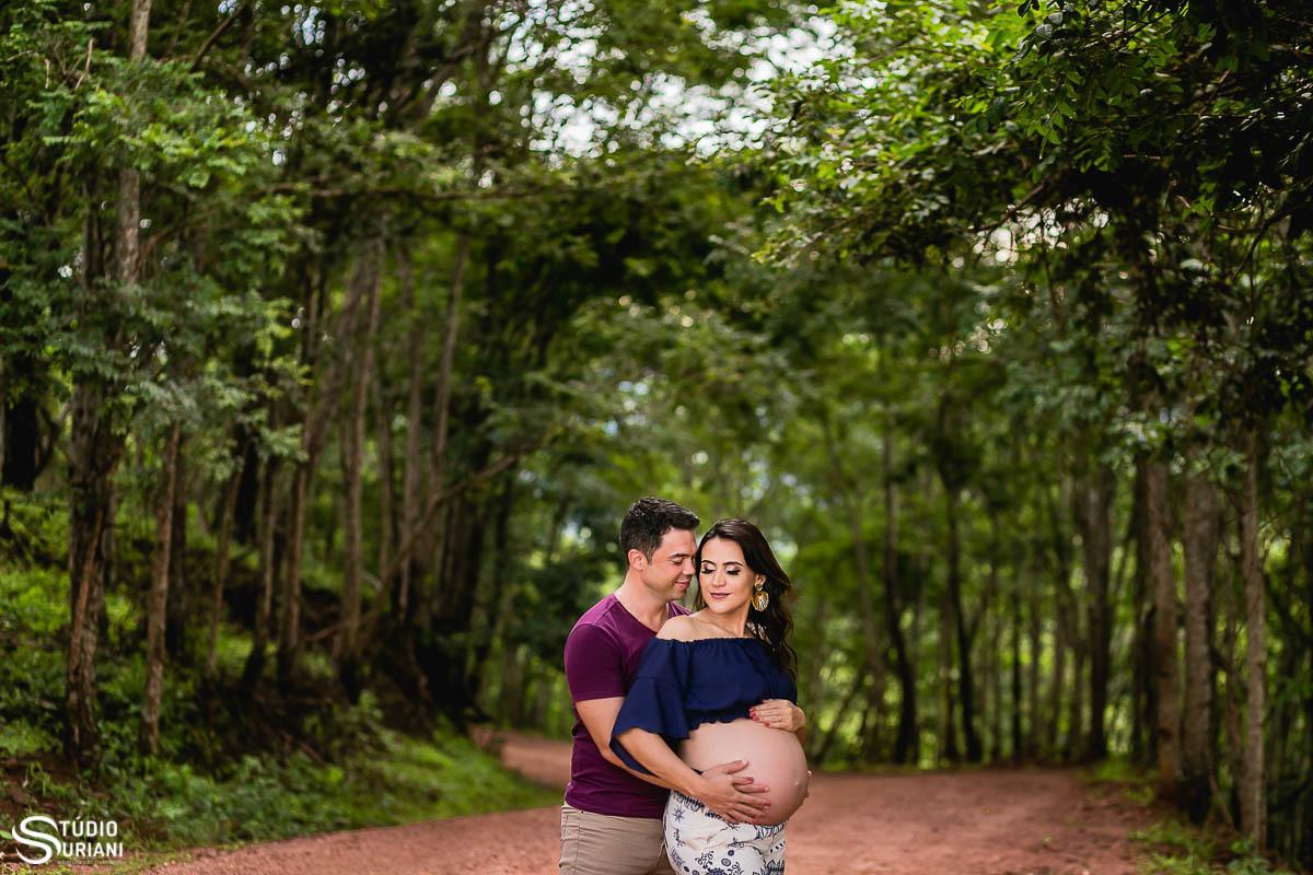 Imagem capa - Quem disse que, ensaio de gestante são apenas fotos da barriga?  por Rogério Medeiros Suriani