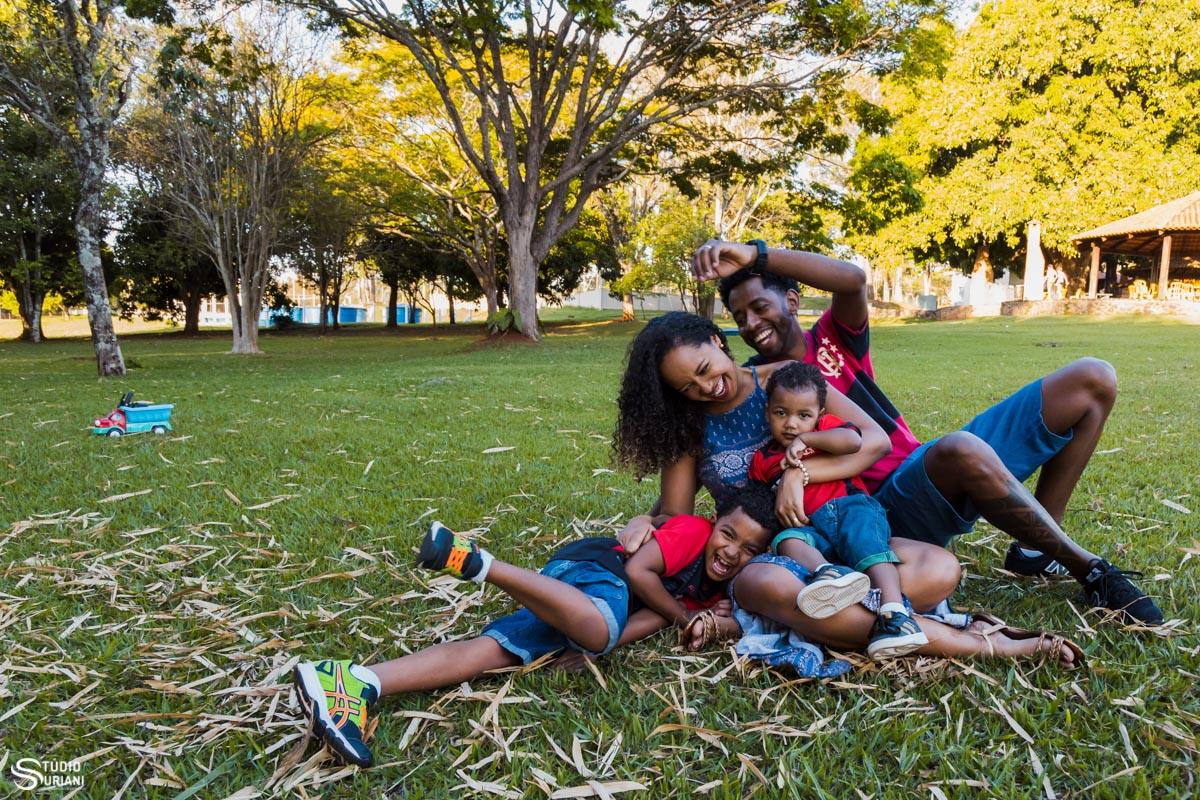 Imagem capa - O que a fotografia de família é para nós? por Rogério Medeiros Suriani
