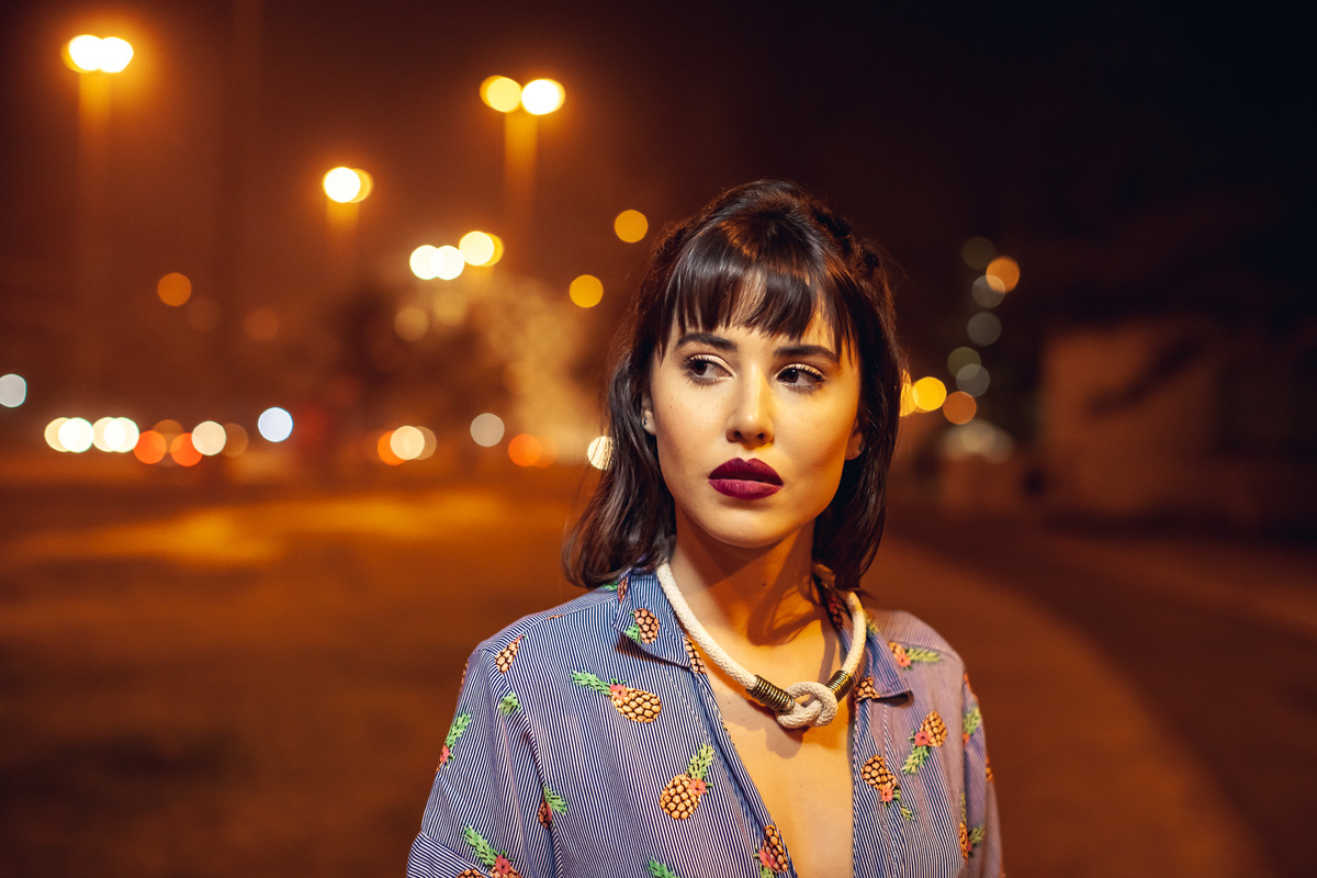 ensaio noturno para grife de acessórios carioca adorn bijoux